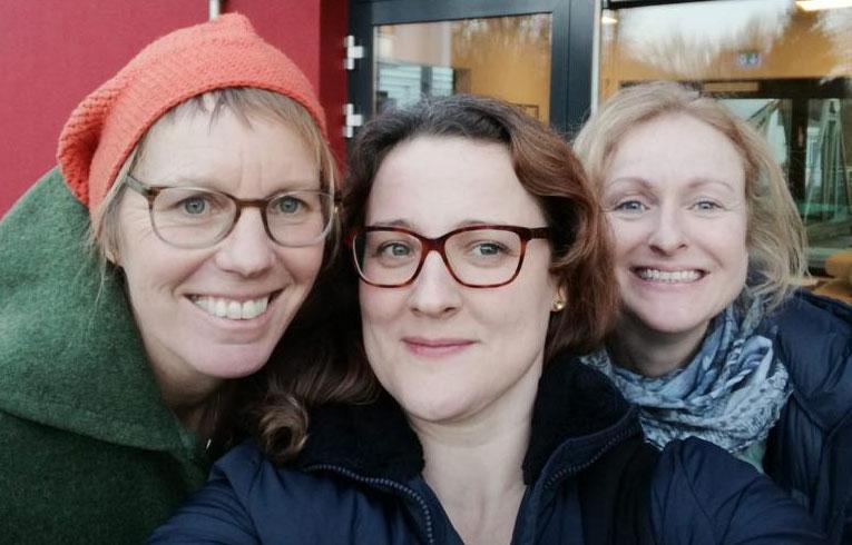 Der Gründungsvorstand des Vereins eine<strong>Pause</strong> e.V. Annika Eysel, Ieva Berzina-Hersel und Christine Alt